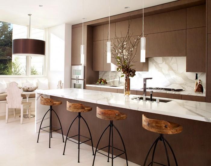 marble-rustic-modern-kitchen-700x552