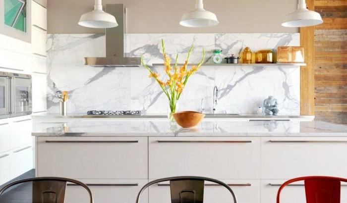 marble-white-and-grey-backsplash-700x410