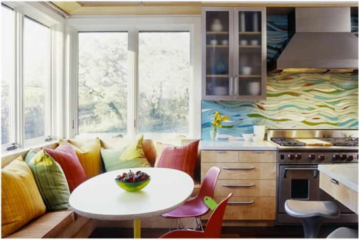 multicolored-mosaic-tile-backsplash-700x468