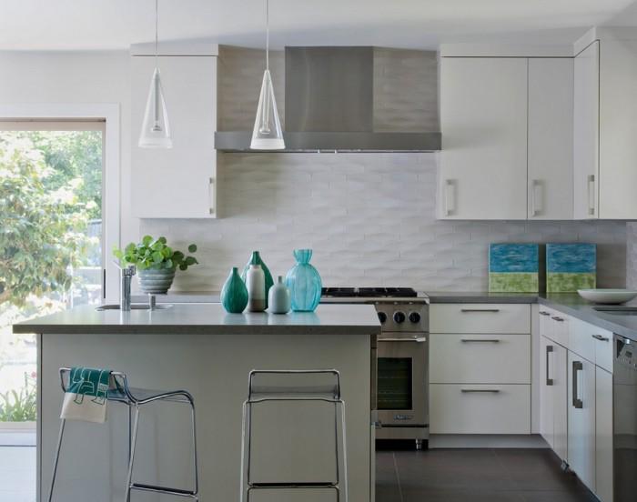 white-textured-subway-tile-backsplash-700x552