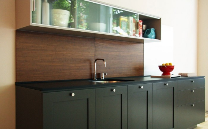 wood-backsplash-luxury-700x436